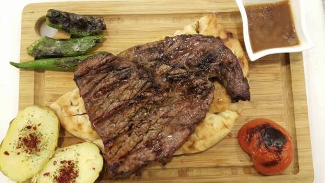 Nasreddin Restaurant Konyaaltı Antalya Etli Ekmek (14)