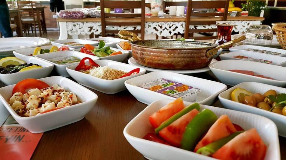 Antalya Kahvaltı Nasreddin Restaurant ta serpme kahvaltı  (20)