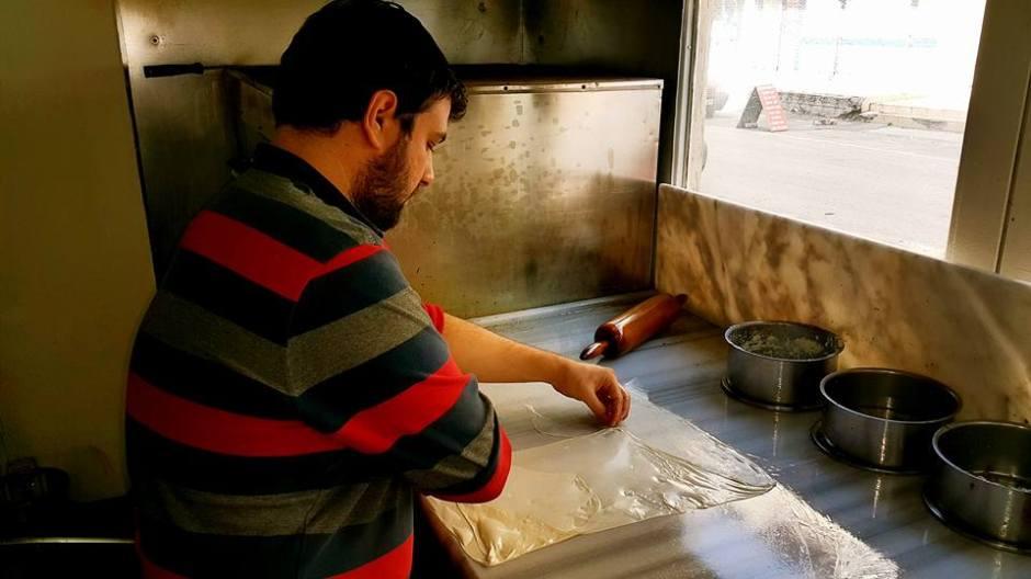 antalya serpme börek inci börek salonu antalya börekçi kahvaltı (16)