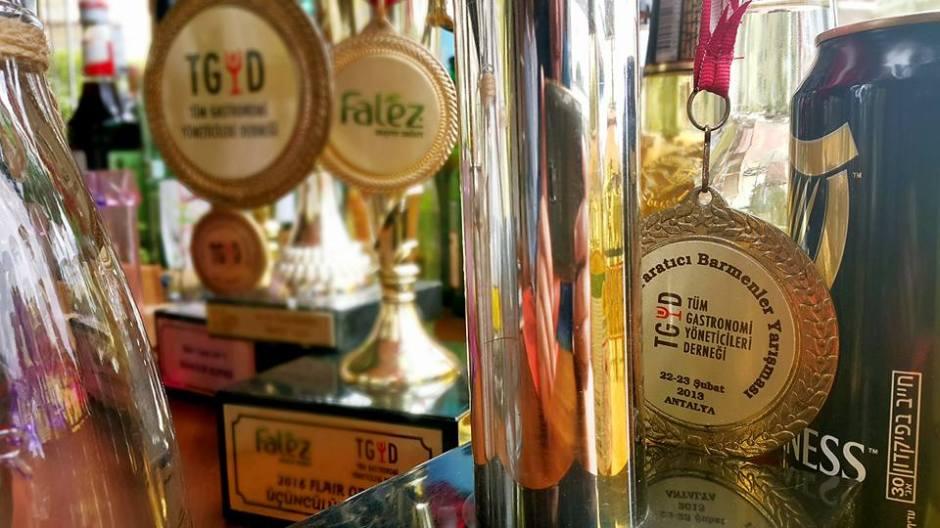 Buzzy Bar Restaurant Alanya Mahmutlar (14)