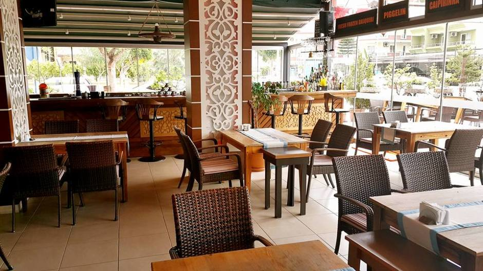 Buzzy Bar Restaurant Alanya Mahmutlar (17)