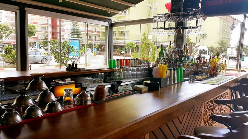 Buzzy Bar Restaurant Alanya Mahmutlar (9)