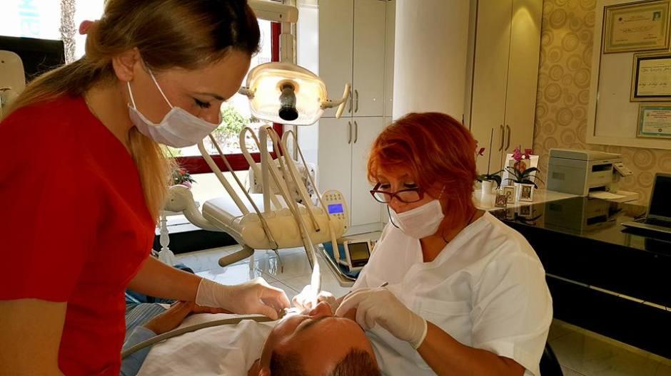 alanya diş hekimi alanya implant alanya dentist in alanya enise arzun (5)