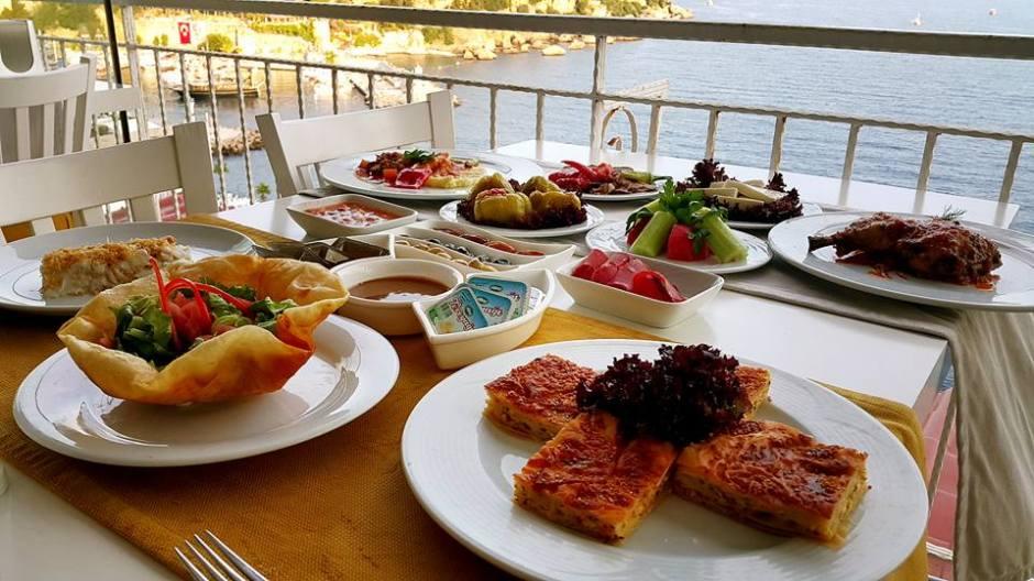 Antalya Balıkevi 0541 5418200 Kabare Saçıbeyaz Restaurant (1)