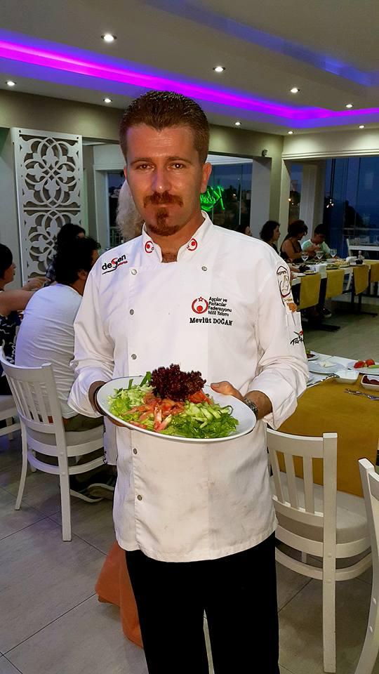 Kabare Saçıbeyaz Restaurant'ta Çağdaş Drama Derneği Antalya Temsilciliği iftar yemeği (23) mevlüt doğan