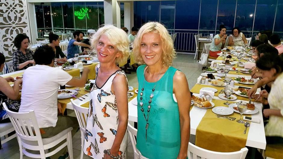 Kabare Saçıbeyaz Restaurant'ta Çağdaş Drama Derneği Antalya Temsilciliği iftar yemeği (25) aylin bulca alev bulca