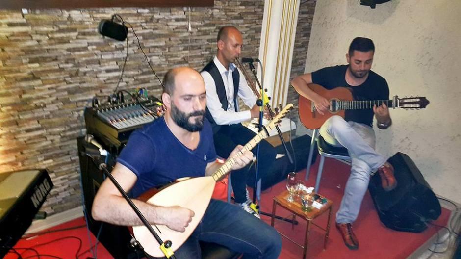 Sıla Türkü Evi Antalya Türkü Bar (18)