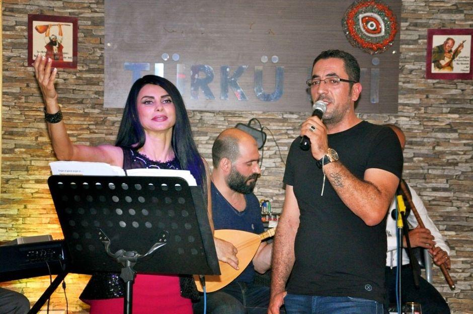 Serpil Efe - Sıla Türkü Evi Antalya Türkü Bar (13)
