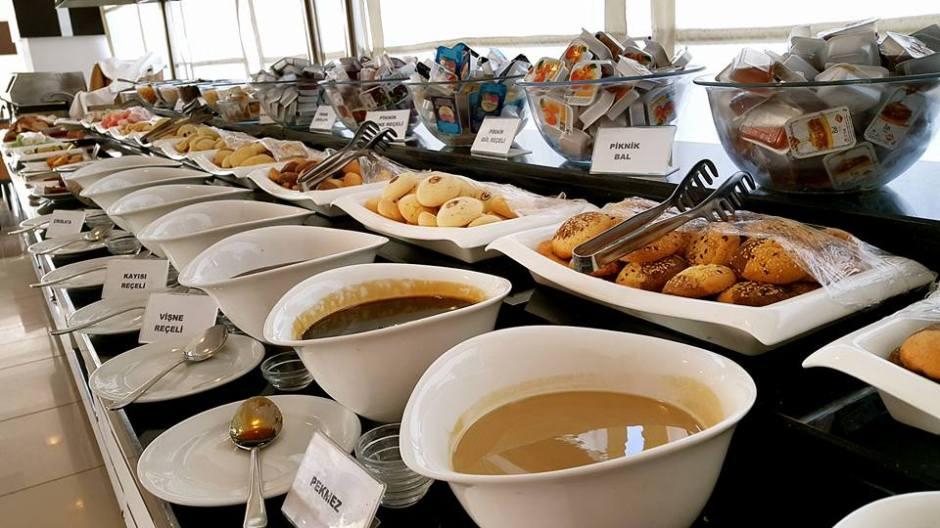 Antalya da açık büfe kahvaltı 0242 228 8900 Blue Garden Hotel Antalya Şehir İçi Otelleri (5)