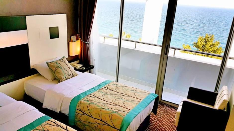 Antalya Merkez Oteller 0242 2288900 denize kenarında oda kahvaltı deniz manzaralı (12)
