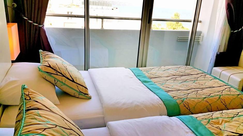 Antalya Merkez Oteller 0242 2288900 denize kenarında oda kahvaltı deniz manzaralı (14)