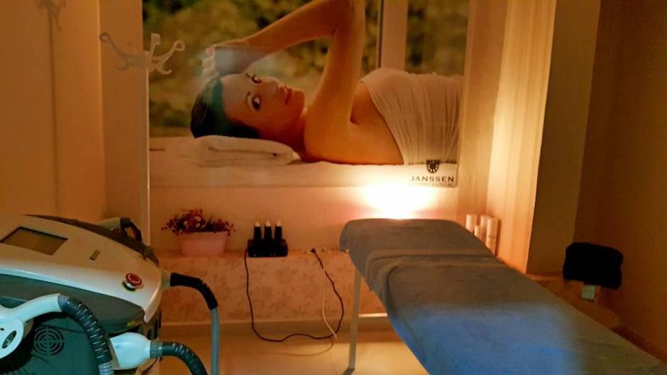 Antalya Saç tasarımı ve spa merkezi 0242 228 9299 kişisel bakım bayan kuaför cilt bakımı (13)