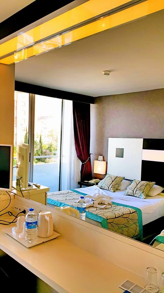 Antalya Tavsiye Edilen Oteller 0242 2288900 aile oteli açık büfe kahvaltı deniz manzaralı (5)