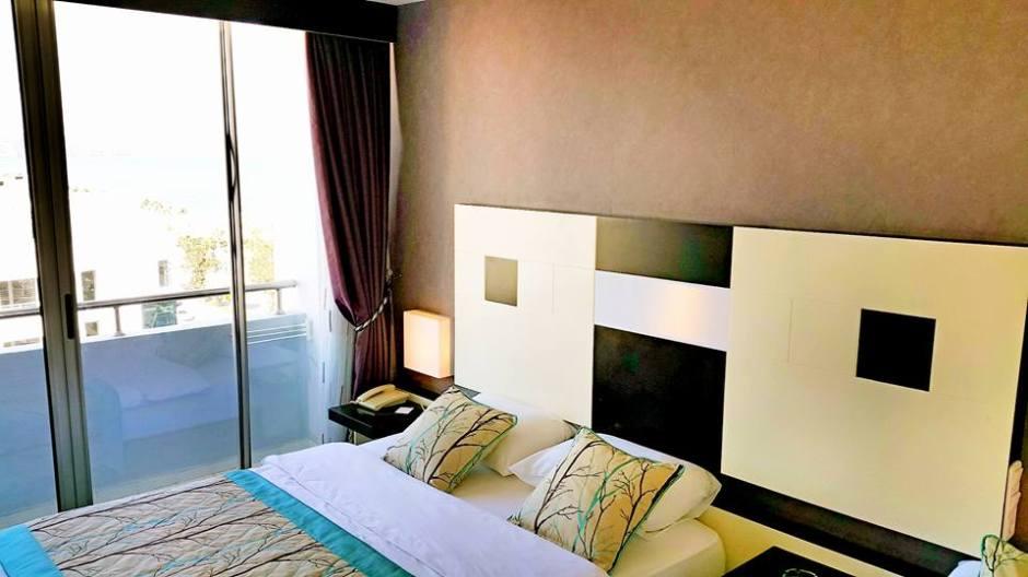 Antalya Tavsiye Edilen Oteller 0242 2288900 aile oteli açık büfe kahvaltı deniz manzaralı (6)