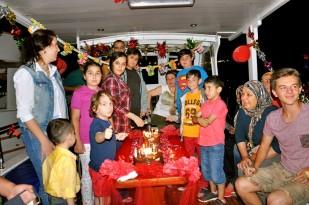 Buzkıran'lar Mutlu Günlerini Teknede Kutladı… (16)
