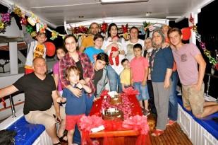 Buzkıran'lar Mutlu Günlerini Teknede Kutladı… (2)