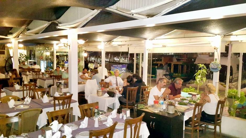 Ekici Restaurant - 0242 2484142 antalya kaleiçi yat limanı mekanlar restaurant bar balık evi (8)