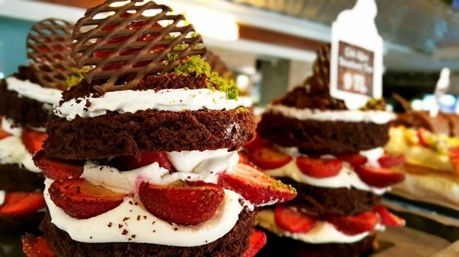 Manavgat Kahvaltı  0242 7421717 ekler poğaça tirileçe muffin çikolatalı pasta (2)