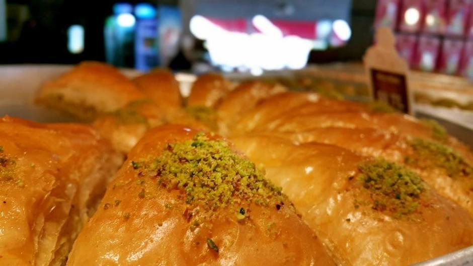 Manavgat Pastaneler  0242 7421717 Yaş pasta doğum günü pastası börek  (3)
