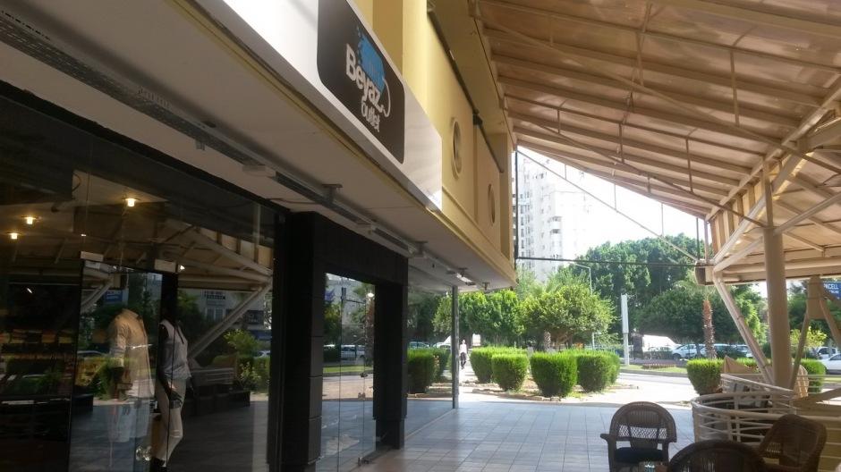 Antalya Giyim Mağazaları Beyaz Outlet (2)
