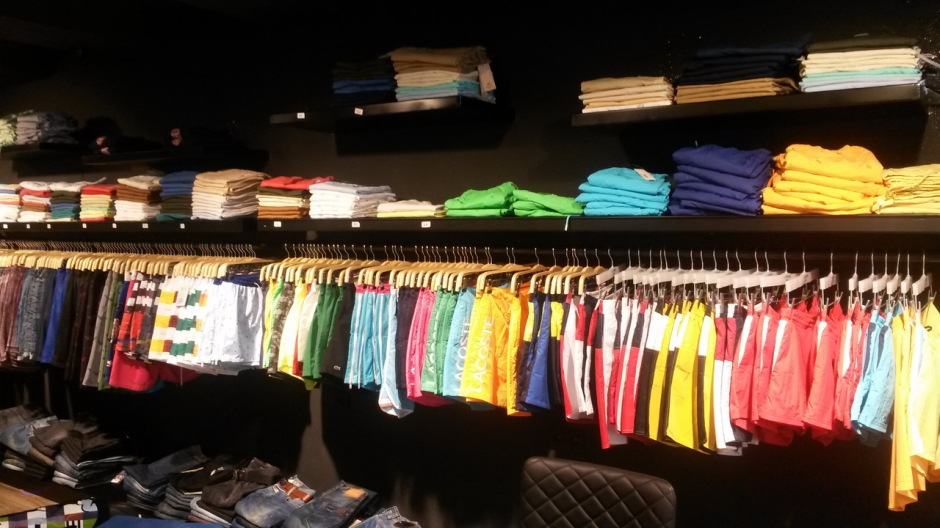 Antalya Giyim Mağazaları Beyaz Outlet (4)
