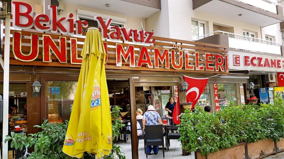 İzmir Bayraklı Pastane 02323435976 fırın unlu mamüller yaş pasta bayraklı kahvaltı mekanları (2)