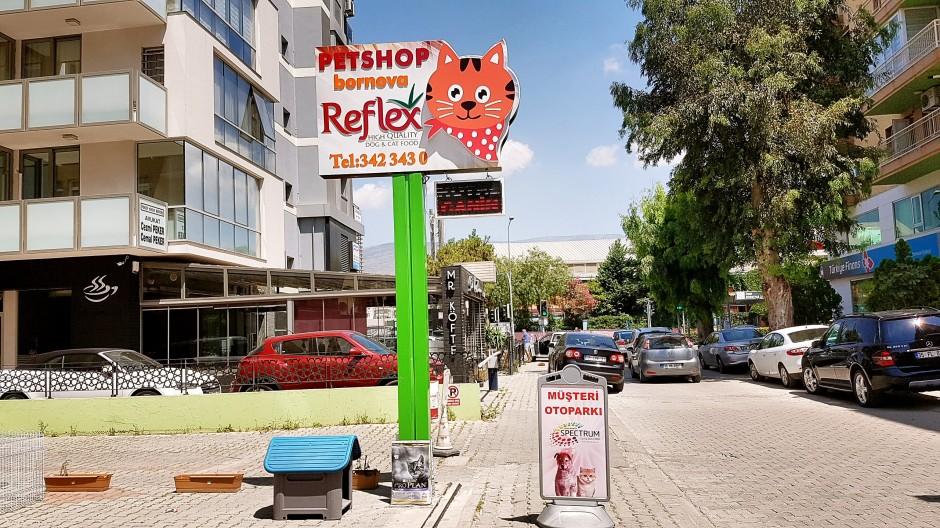 İzmir Bornova Petshop 02323423430 kedi maması kumu köpek maması evcil hayvan kutusu (6)