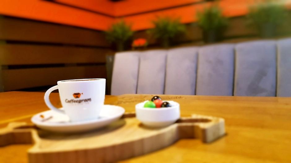 İzmir Kafe pastane 02323812158 yaş pasta tatlı dondurma (8)