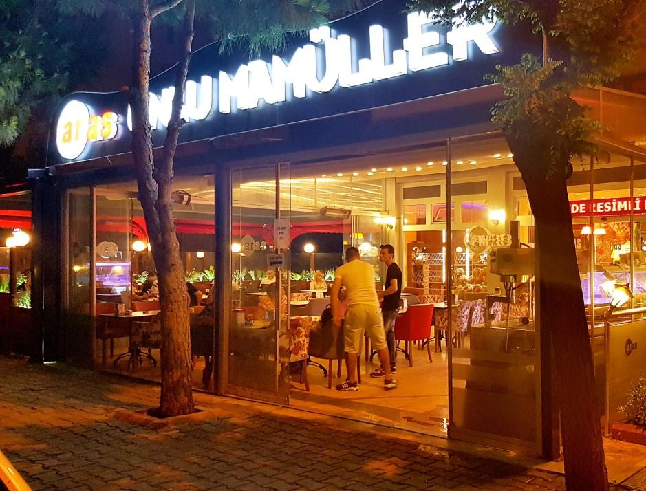 İzmir Pastane 02323752568 yaş pasta kahvaltı mekanları dondurma (2)