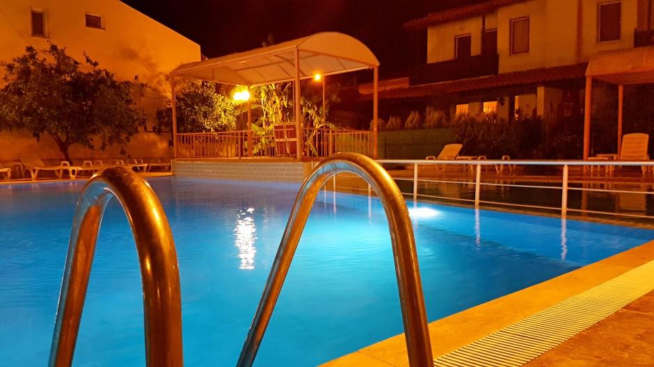İzmir urla restoran 02327552056 urla en iyi restoran balık restoranı (1)
