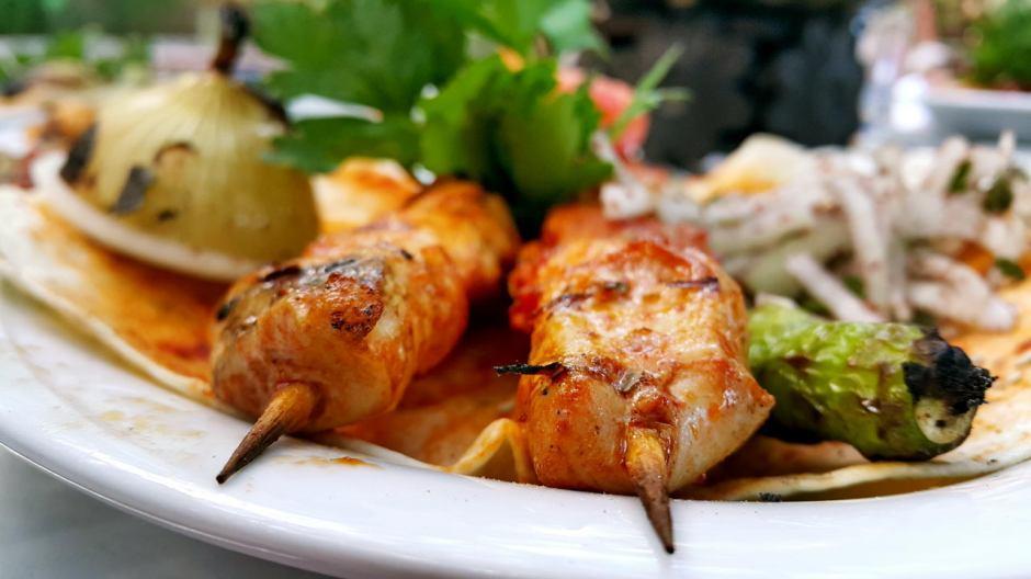 meselik-restoran-antalya-raki-balik-zengin-meze-cesitleri-alkollu-restaurantlar-serpme-kahvalti-14