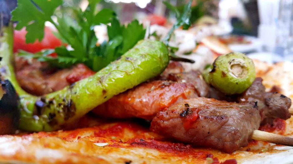 meselik-restoran-antalya-raki-balik-zengin-meze-cesitleri-alkollu-restaurantlar-serpme-kahvalti-19