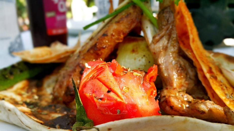 meselik-restoran-antalya-raki-balik-zengin-meze-cesitleri-alkollu-restaurantlar-serpme-kahvalti-23