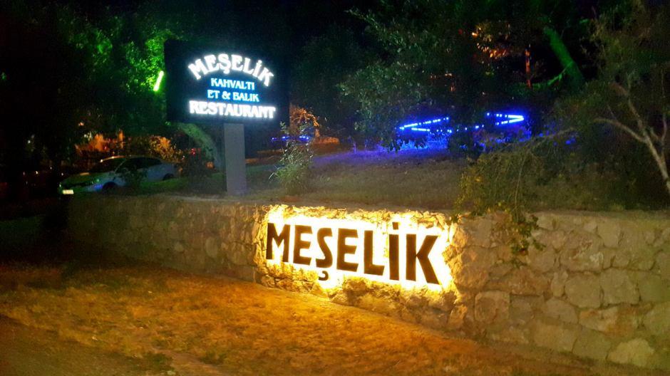 meselik-restoran-antalya-raki-balik-zengin-meze-cesitleri-alkollu-restaurantlar-serpme-kahvalti-3